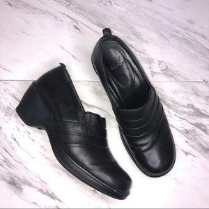 Dansko Aubrey Black Pleat Front Leather Clog
